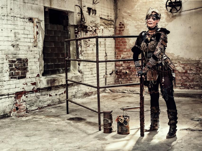 Lady Apokalyptica